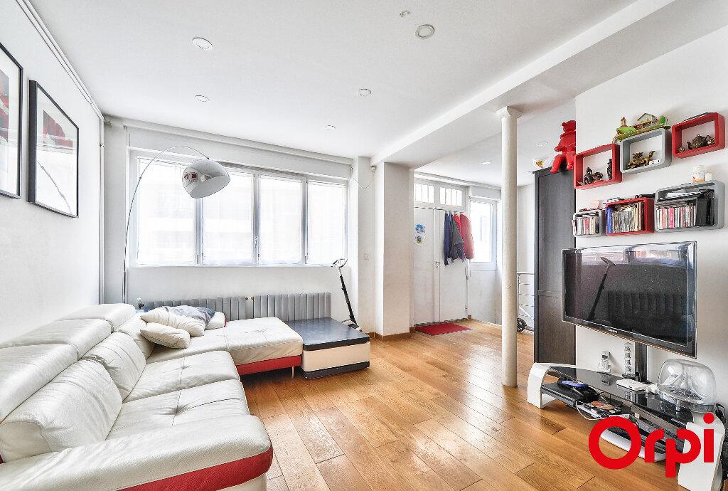 Appartement à vendre 4 91.5m2 à Paris 12 vignette-4