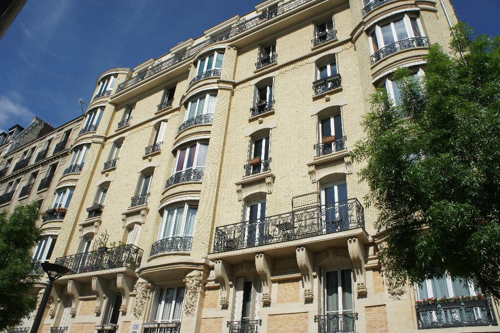 Appartement à louer 2 47.29m2 à Paris 12 vignette-7