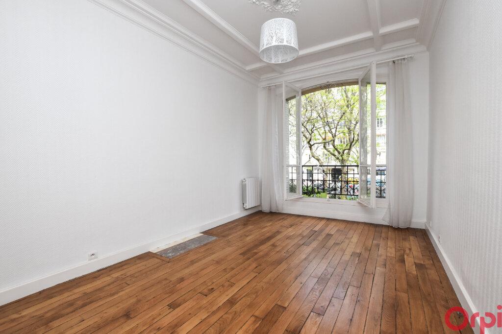 Appartement à vendre 3 48.58m2 à Paris 12 vignette-1