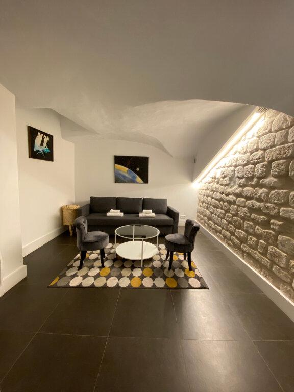 Appartement à louer 3 70m2 à Paris 2 vignette-4