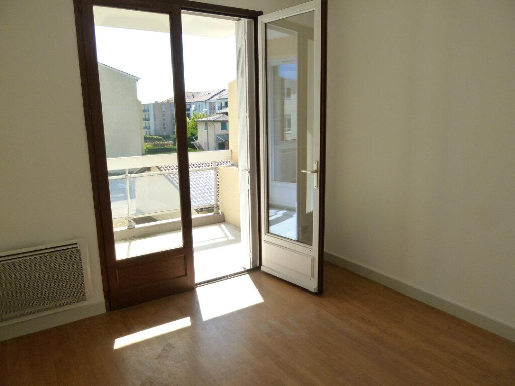 Appartement à vendre 3 68m2 à Craponne vignette-8