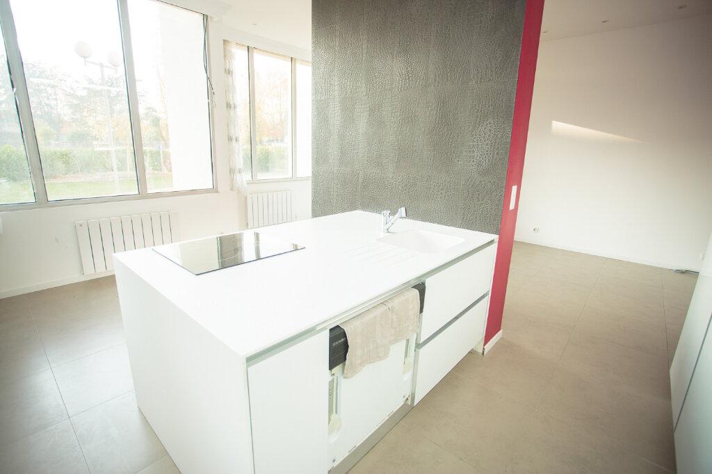 Appartement à vendre 4 93.15m2 à Francheville vignette-2