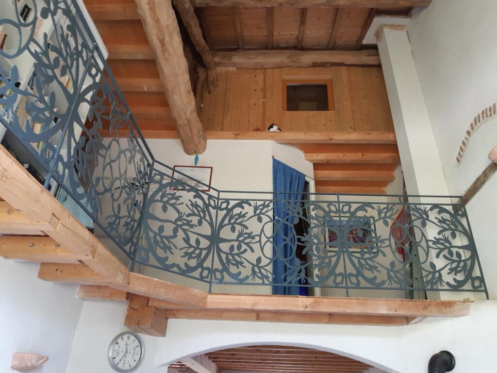 Maison à vendre 5 264m2 à Saint-Martin-Lestra vignette-3