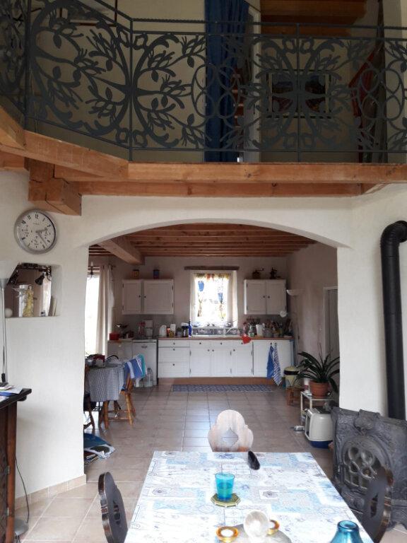 Maison à vendre 5 264m2 à Saint-Martin-Lestra vignette-4