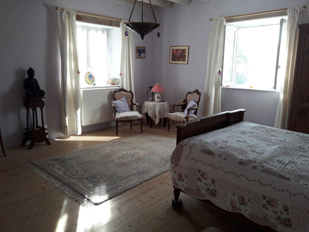 Maison à vendre 5 264m2 à Saint-Martin-Lestra vignette-8