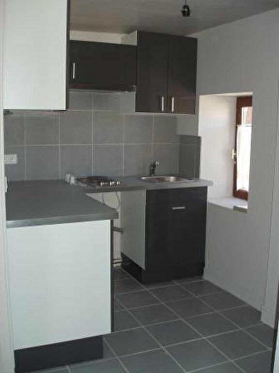 Appartement à louer 2 32m2 à Houdan vignette-2