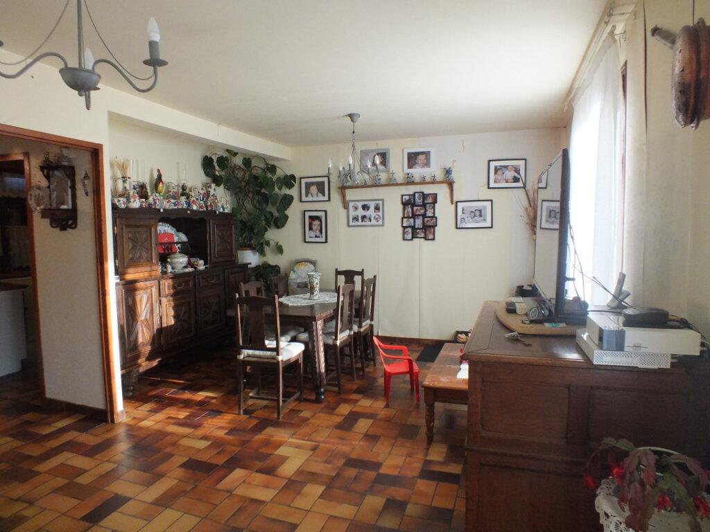 Maison à vendre 6 110m2 à Ézy-sur-Eure vignette-3
