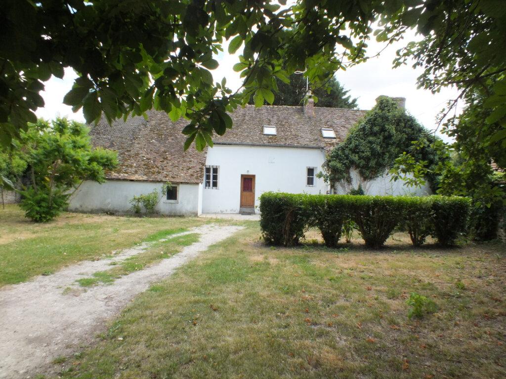 Maison à louer 7 150m2 à Oulins vignette-1