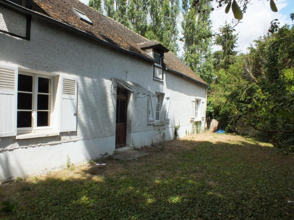 Maison à louer 7 150m2 à Oulins vignette-2
