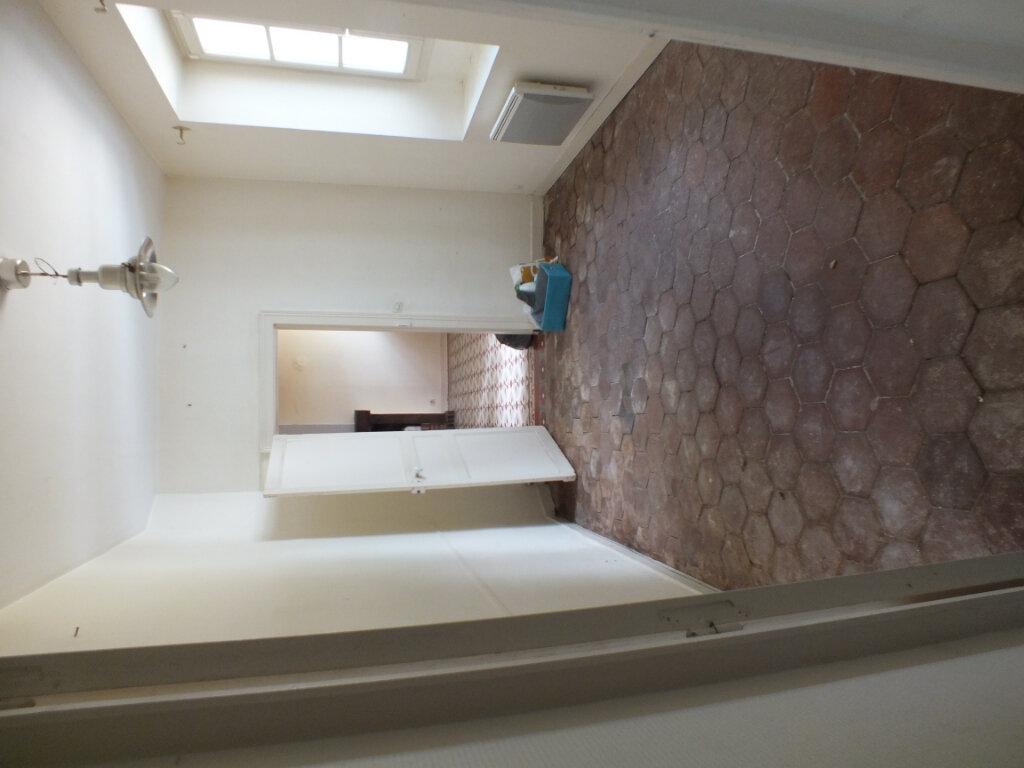 Maison à louer 7 150m2 à Oulins vignette-10