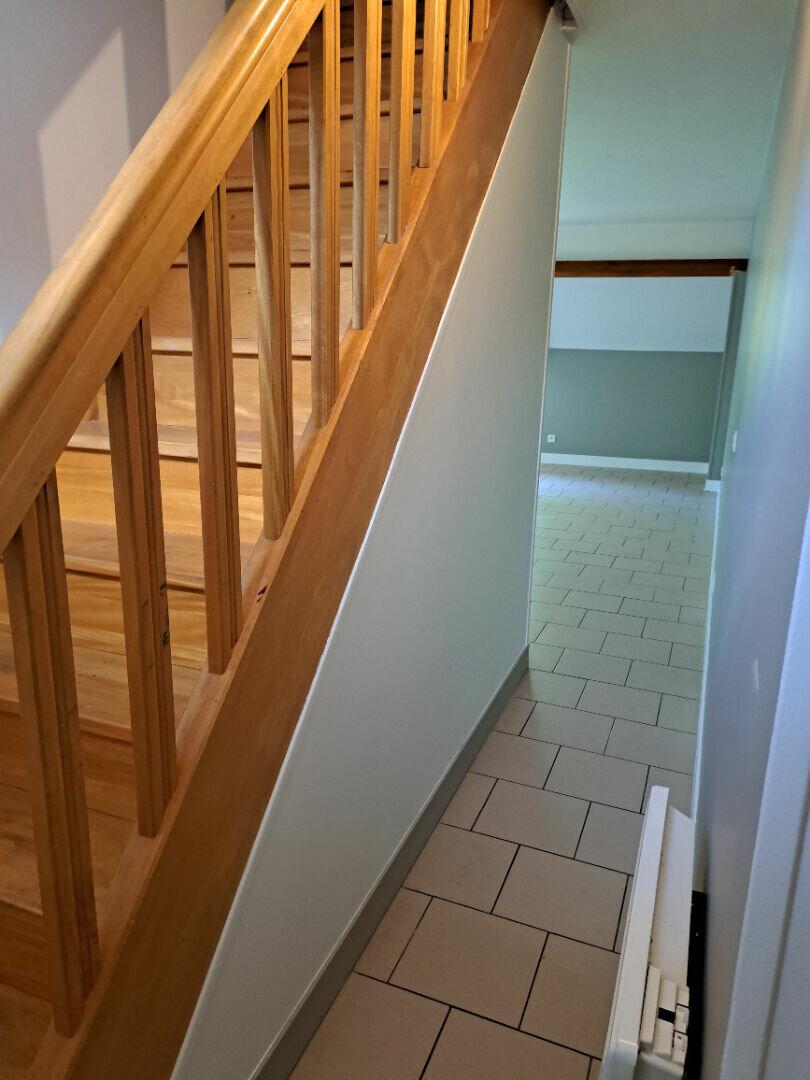 Appartement à louer 1 41.62m2 à Ivry-la-Bataille vignette-3