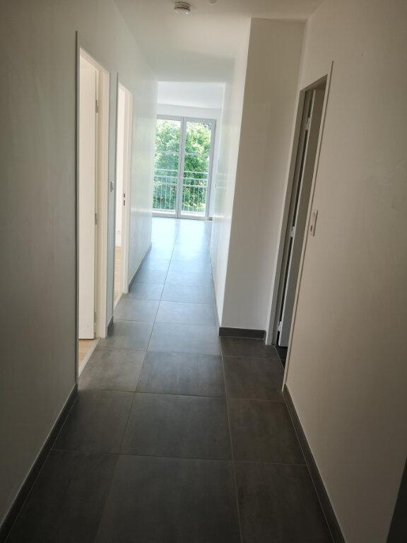 Appartement à louer 3 72.85m2 à Anet vignette-5