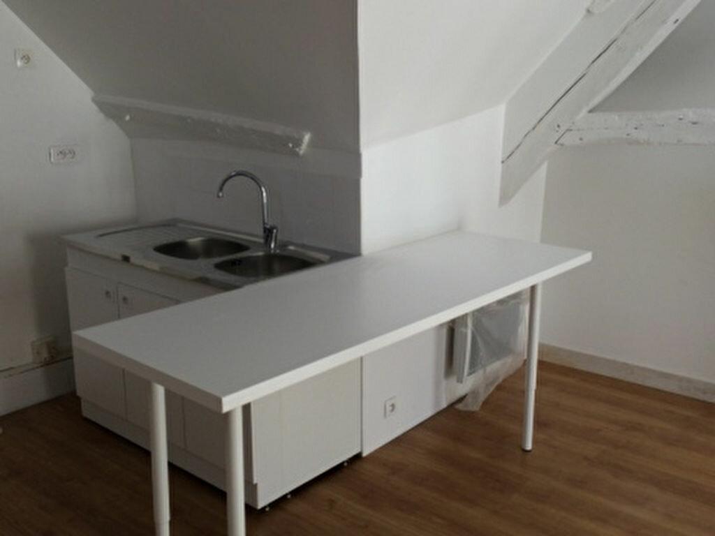 Appartement à louer 2 31.42m2 à Houdan vignette-2