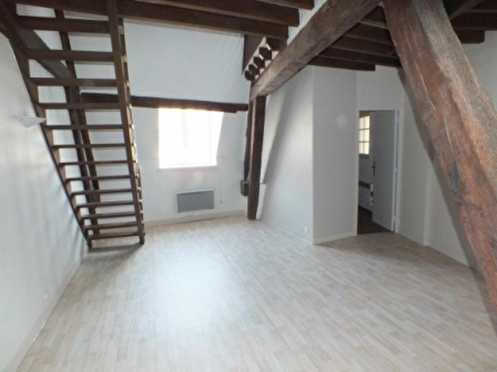 Appartement à louer 1 40.96m2 à Houdan vignette-2