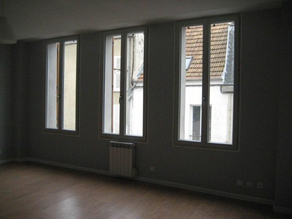 Appartement à louer 1 32.5m2 à Lizy-sur-Ourcq vignette-3