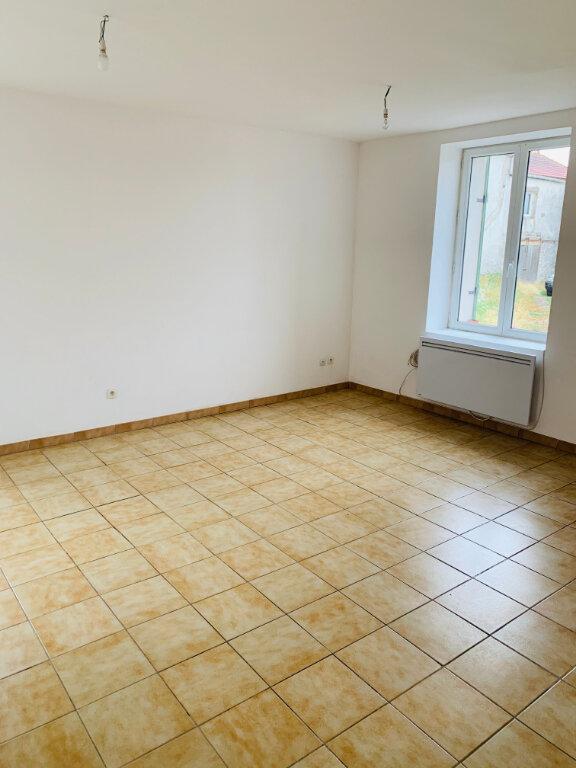 Maison à louer 4 79.02m2 à Le Plessis-Placy vignette-3
