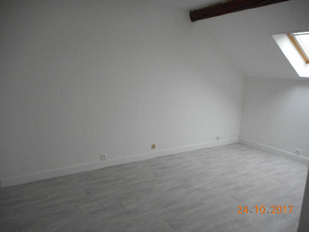 Appartement à louer 2 49m2 à Lizy-sur-Ourcq vignette-1
