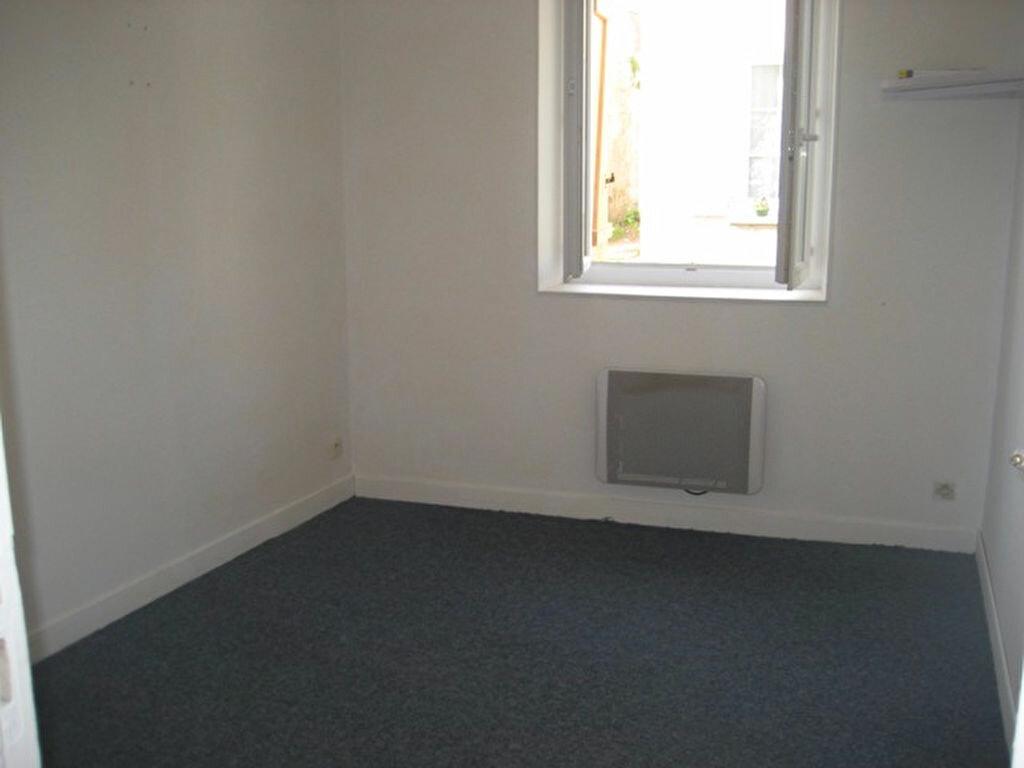 Appartement à louer 1 29.01m2 à Lizy-sur-Ourcq vignette-4