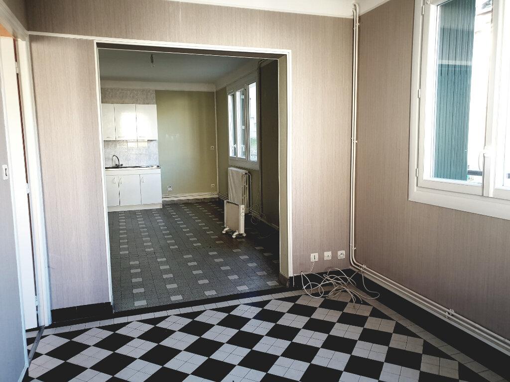 Appartement à louer 2 41m2 à Fublaines vignette-2
