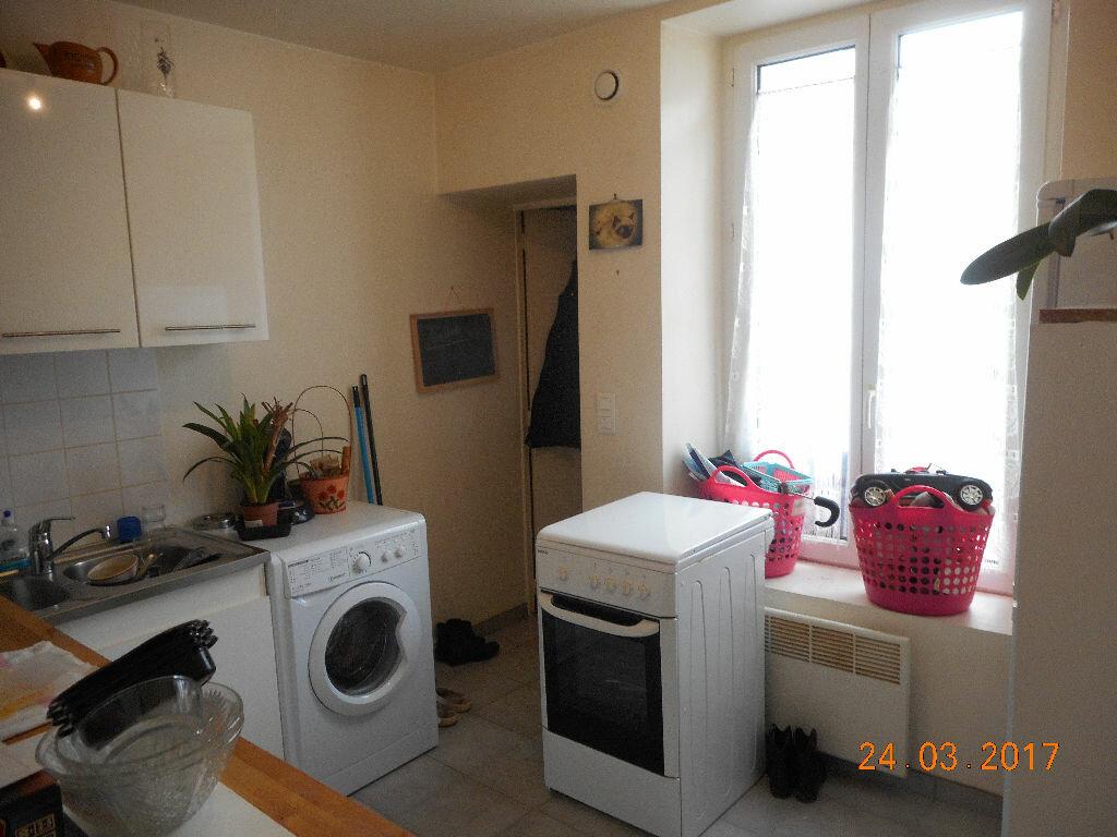 Appartement à louer 1 29.57m2 à Lizy-sur-Ourcq vignette-5