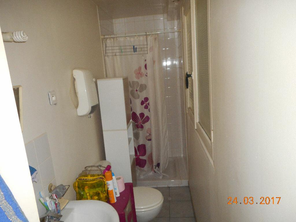 Appartement à louer 1 29.57m2 à Lizy-sur-Ourcq vignette-6