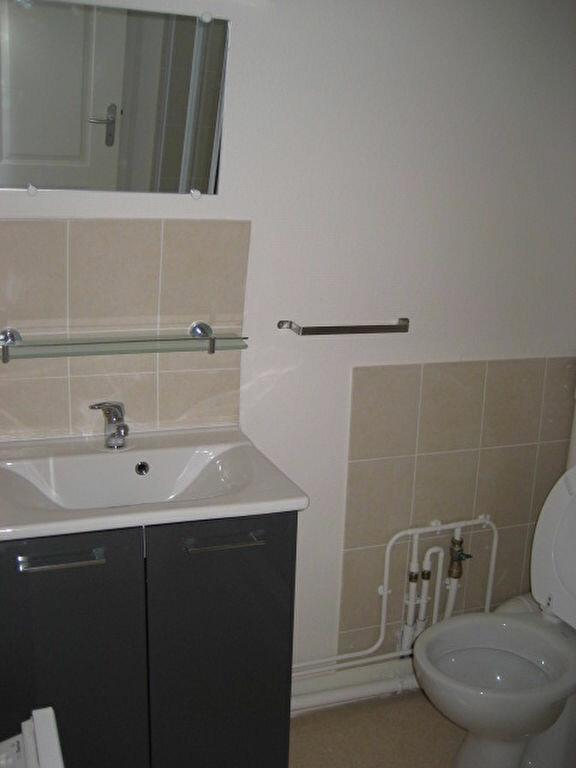 Appartement à louer 3 40m2 à Lizy-sur-Ourcq vignette-5