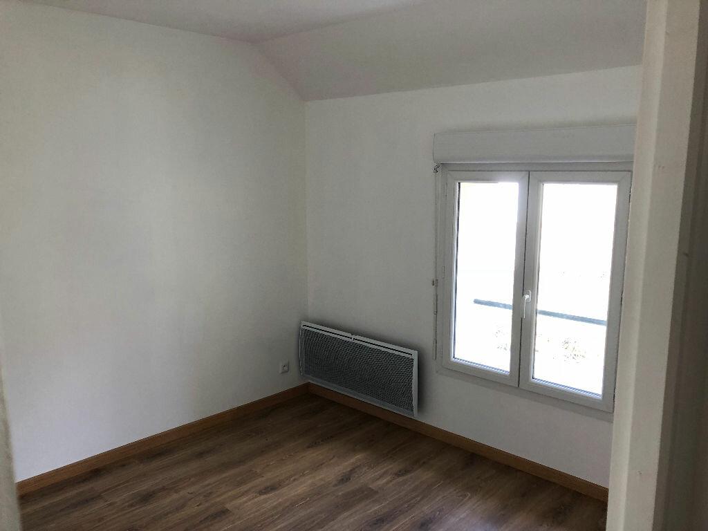 Maison à louer 5 100m2 à Vendrest vignette-7