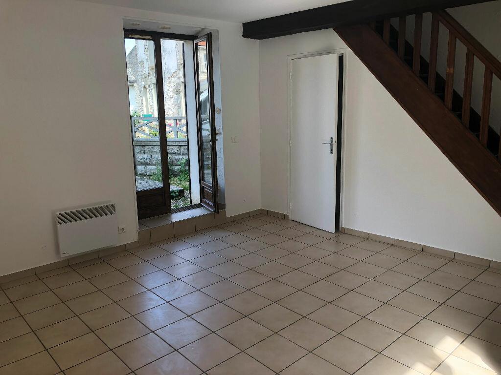 Maison à louer 3 60m2 à Trocy-en-Multien vignette-2
