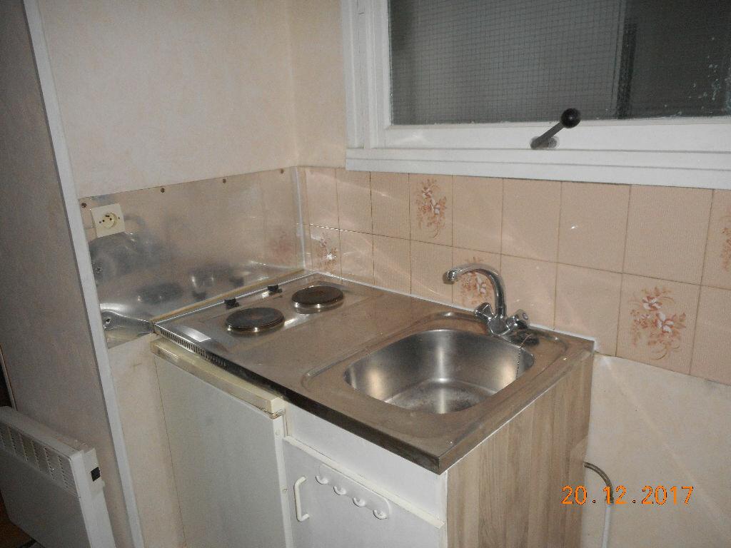Appartement à louer 2 37.2m2 à Crouy-sur-Ourcq vignette-3