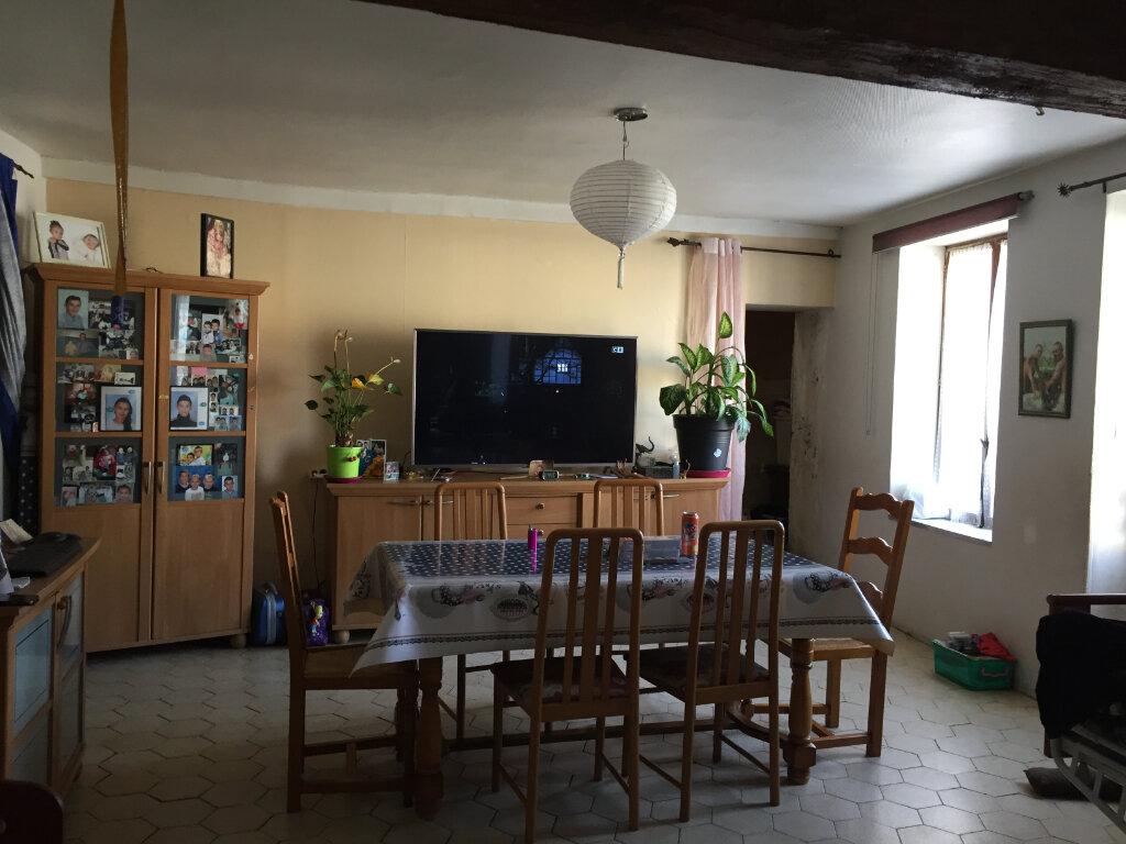 Maison à vendre 7 140m2 à Trilport vignette-1