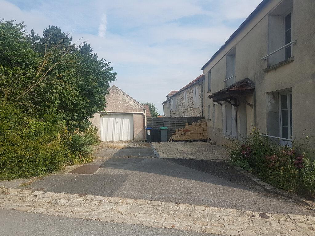 Maison à louer 5 120m2 à Coulombs-en-Valois vignette-1