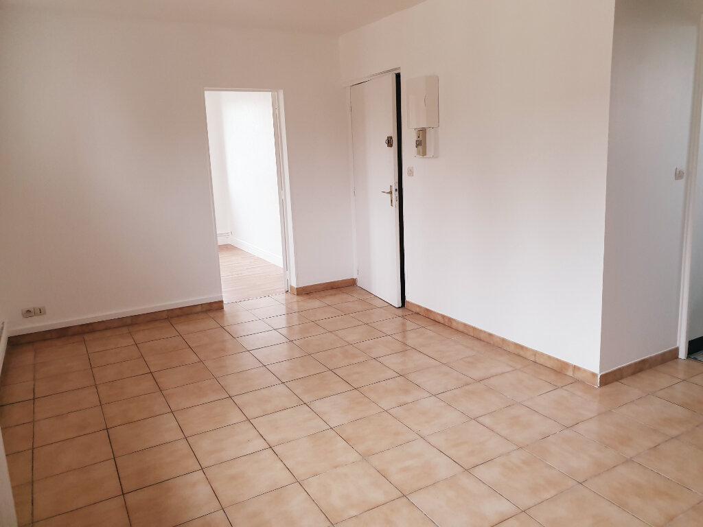 Appartement à louer 3 30.13m2 à Fublaines vignette-1