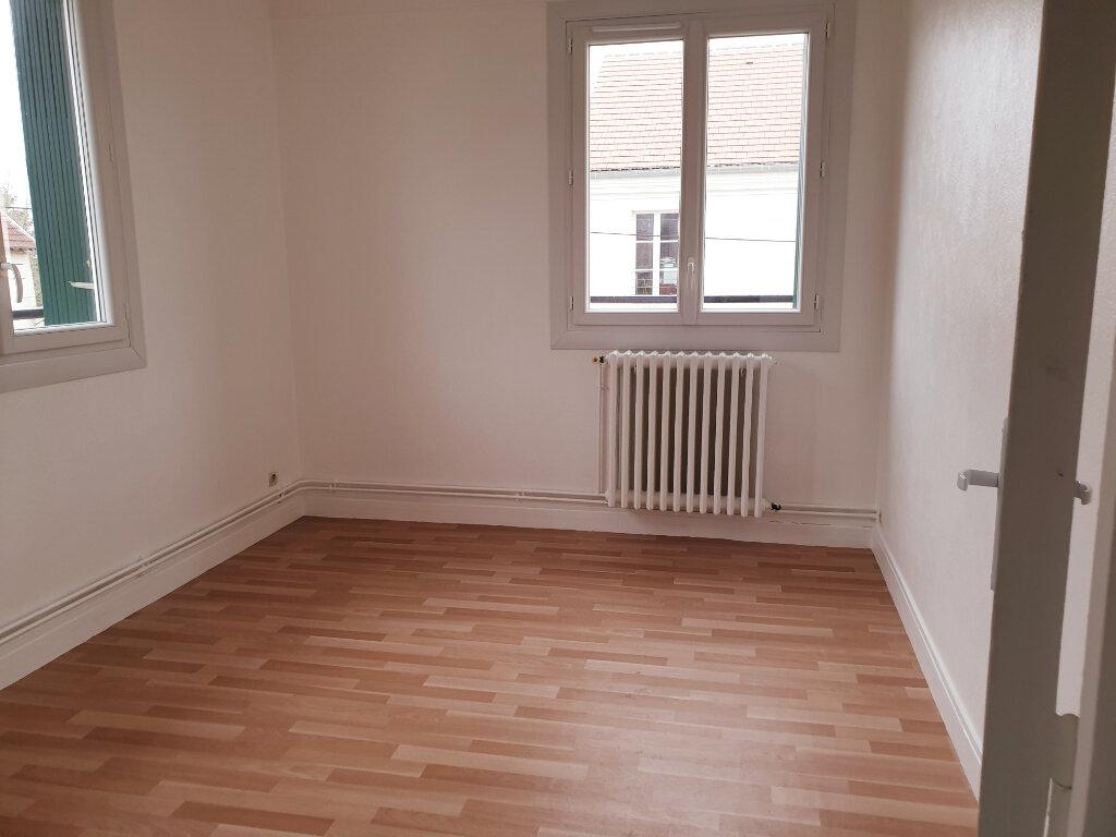Appartement à louer 3 30.13m2 à Fublaines vignette-3
