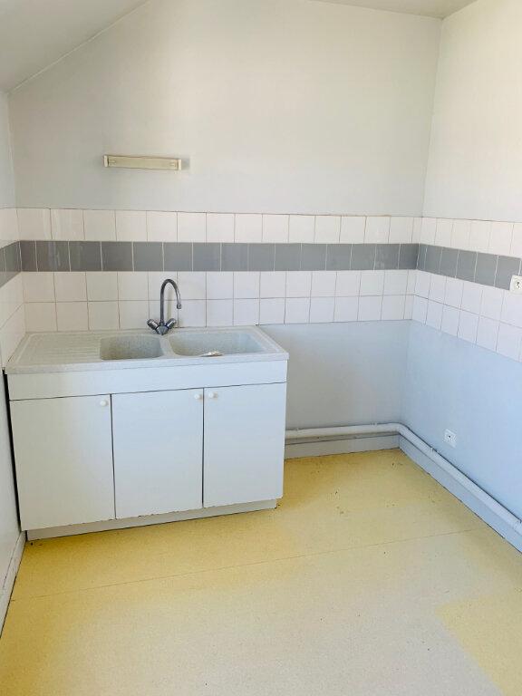 Appartement à vendre 3 80m2 à Lizy-sur-Ourcq vignette-2