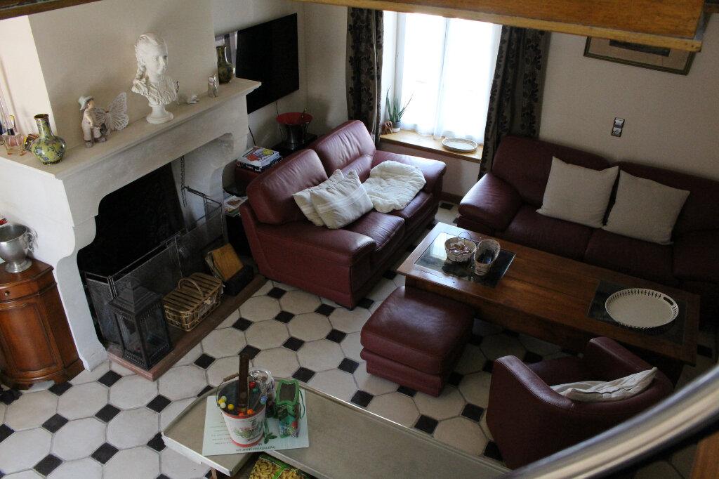 Maison à vendre 5 135m2 à Isles-les-Meldeuses vignette-2