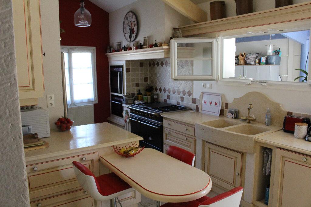 Maison à vendre 5 135m2 à Isles-les-Meldeuses vignette-4