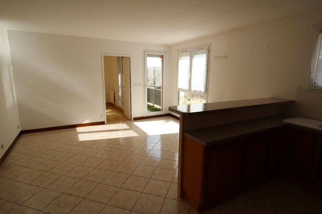 Appartement à louer 2 43.45m2 à Trilport vignette-1