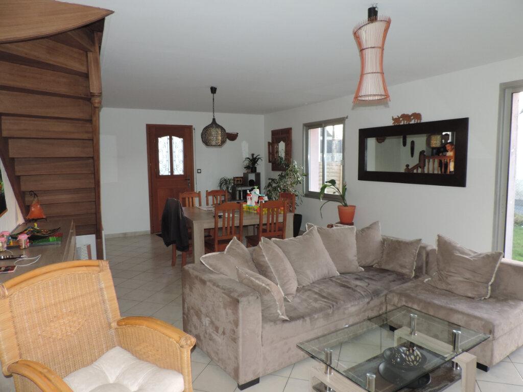Maison à vendre 5 140m2 à Saint-Joachim vignette-2