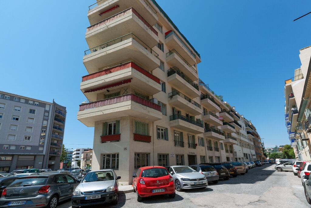 Appartement à vendre 3 67m2 à Nice vignette-10