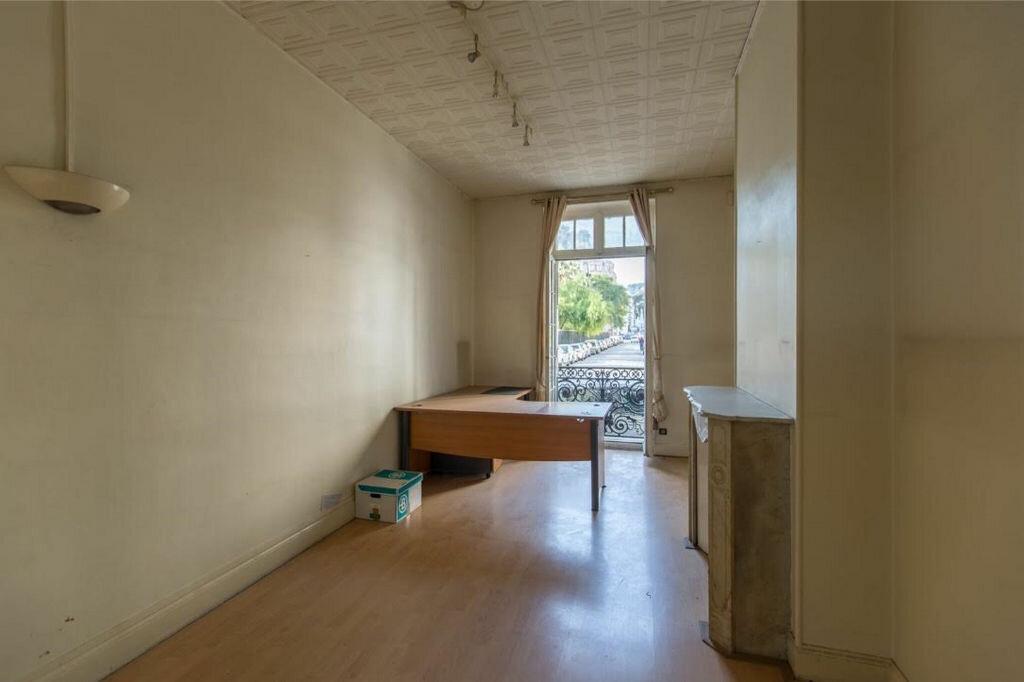 Appartement à vendre 8 185.32m2 à Nice vignette-5