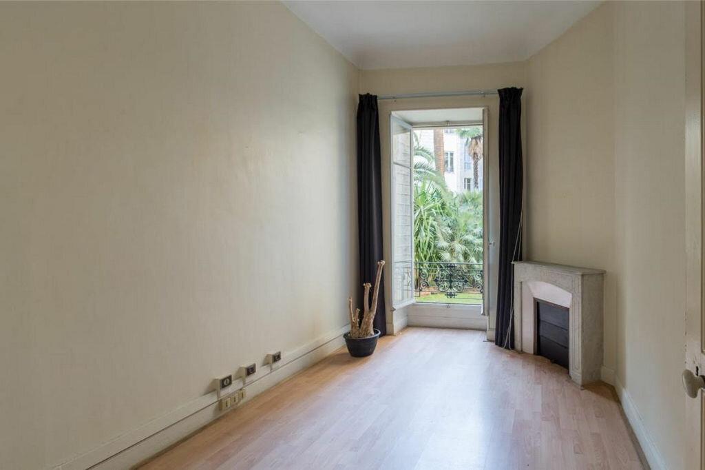 Appartement à vendre 8 185.32m2 à Nice vignette-7