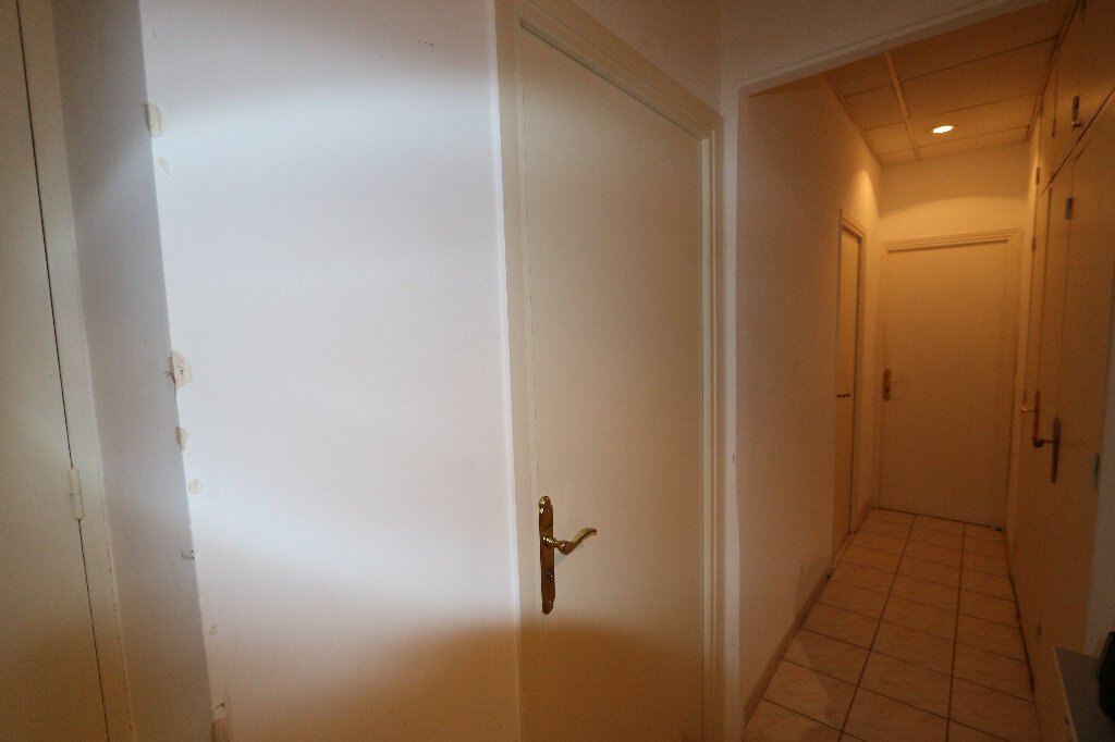Appartement à vendre 14 233m2 à Nice vignette-1