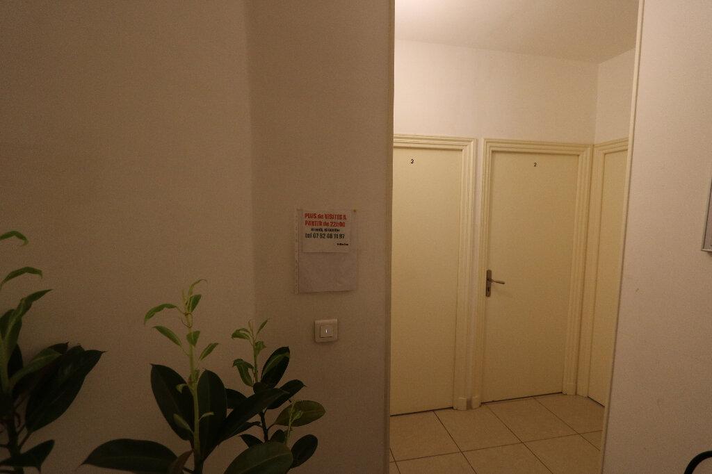 Appartement à vendre 6 110m2 à Nice vignette-1