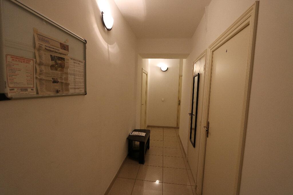Appartement à vendre 6 110m2 à Nice vignette-2