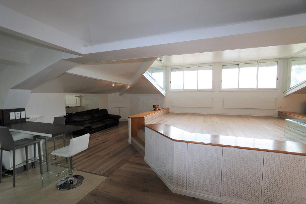 Appartement à vendre 3 117m2 à Beaulieu-sur-Mer vignette-6