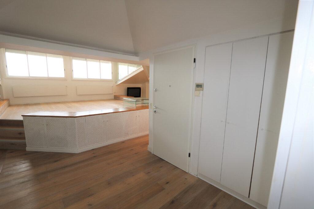 Appartement à vendre 3 117m2 à Beaulieu-sur-Mer vignette-8