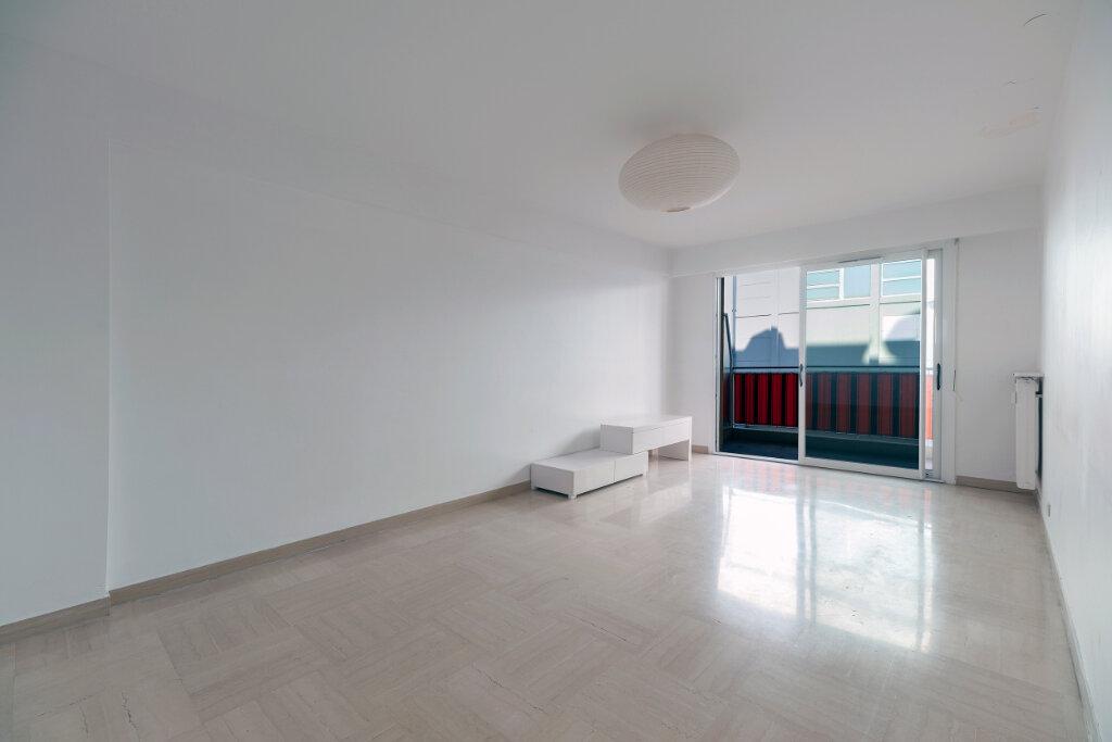 Appartement à vendre 4 79m2 à Nice vignette-3
