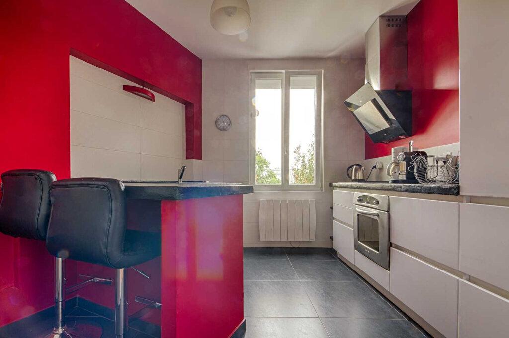 Appartement à vendre 4 107m2 à Vannes vignette-3