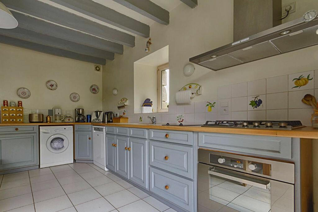 Maison à vendre 11 300m2 à Saint-Guyomard vignette-2
