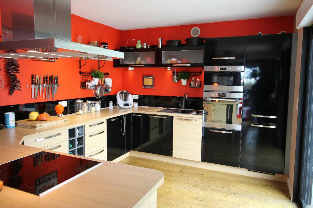 Maison à vendre 6 150m2 à Ploeren vignette-2